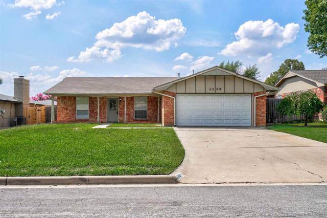 2308 NW 76th St, Lawton, OK 73505 (MLS #154304) :: Pam & Barry's Team - RE/MAX Professionals
