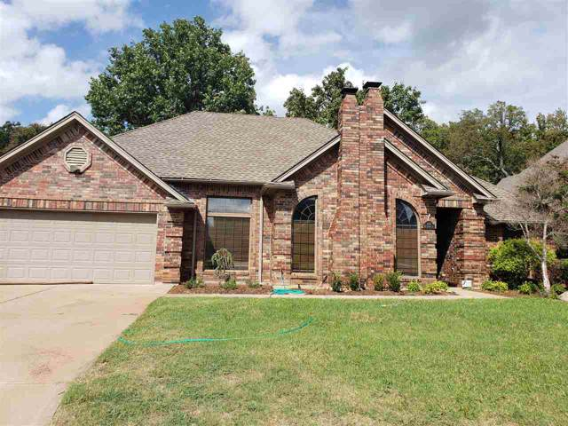 3118 NE Colonial Dr, Lawton, OK 73507 (MLS #154424) :: Pam & Barry's Team - RE/MAX Professionals