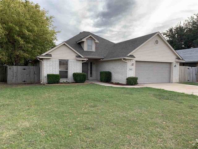 6414 NW Oak Ave, Lawton, OK 73505 (MLS #154490) :: Pam & Barry's Team - RE/MAX Professionals