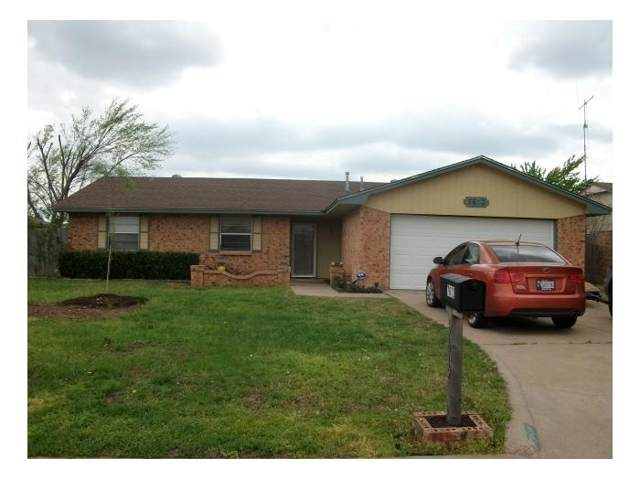 7612 SW Cherokee Ave, Lawton, OK 73505 (MLS #154713) :: Pam & Barry's Team - RE/MAX Professionals