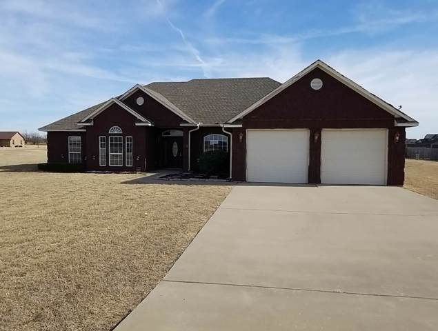 230 SW Deyo Landing Loop, Cache, OK 73527 (MLS #154976) :: Pam & Barry's Team - RE/MAX Professionals