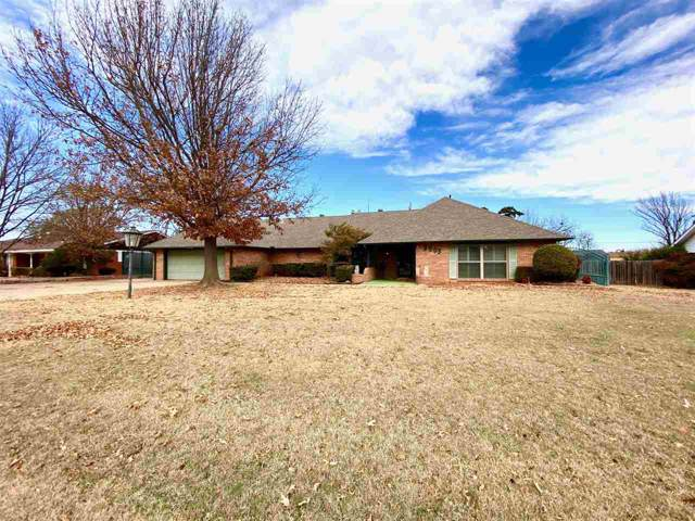 5005 SW Country Club Dr, Lawton, OK 73505 (MLS #154980) :: Pam & Barry's Team - RE/MAX Professionals