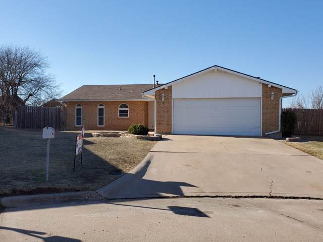 2416 NW Norman Cir, Lawton, OK 73505 (MLS #155187) :: Pam & Barry's Team - RE/MAX Professionals