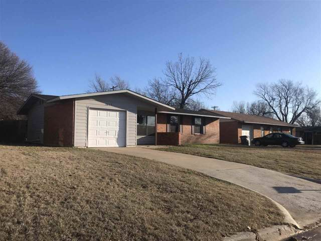 2611 NW Pollard Ave, Lawton, OK 73507 (MLS #155198) :: Pam & Barry's Team - RE/MAX Professionals