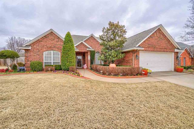 817 NW 76th St, Lawton, OK 73505 (MLS #155229) :: Pam & Barry's Team - RE/MAX Professionals