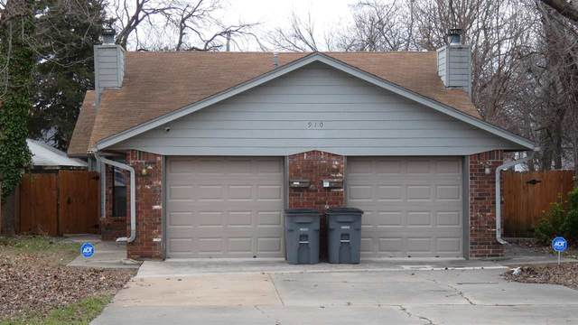 910 NW Dearborn Ave, Lawton, OK 73507 (MLS #155309) :: Pam & Barry's Team - RE/MAX Professionals
