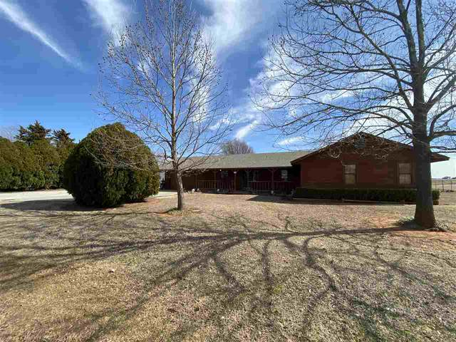 402 S Jeff St, Apache, OK 73006 (MLS #155316) :: Pam & Barry's Team - RE/MAX Professionals