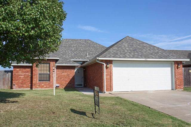 4411 SW Parkway Dr, Lawton, OK 73505 (MLS #155332) :: Pam & Barry's Team - RE/MAX Professionals