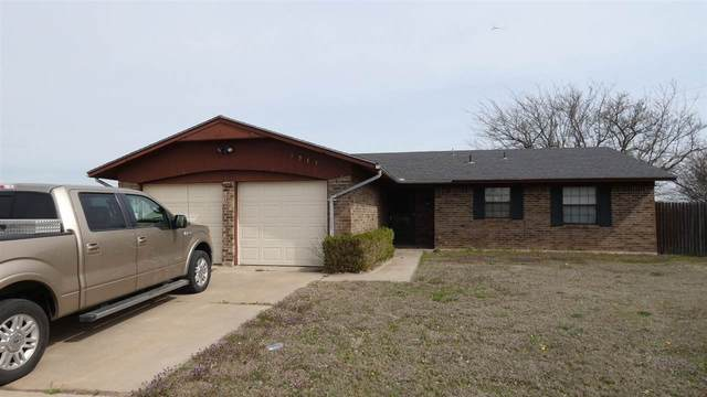 1913 NW Great Plains Blvd, Lawton, OK 73505 (MLS #155582) :: Pam & Barry's Team - RE/MAX Professionals