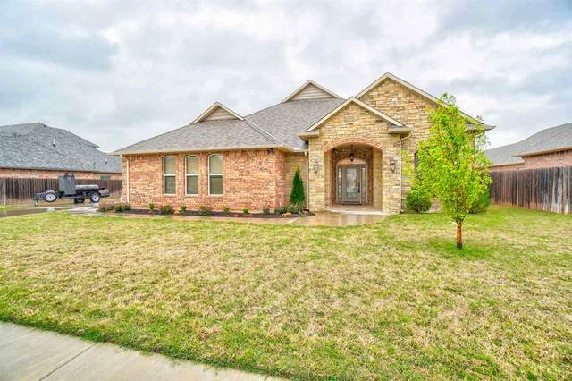 2422 NE Meadowlark Ln, Lawton, OK 73507 (MLS #155606) :: Pam & Barry's Team - RE/MAX Professionals