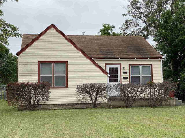 1810 NW Lake Ave, Lawton, OK 73507 (MLS #155832) :: Pam & Barry's Team - RE/MAX Professionals
