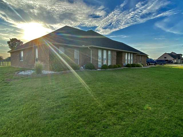 169 NW Copperfield Dr, Cache, OK 73527 (MLS #155951) :: Pam & Barry's Team - RE/MAX Professionals