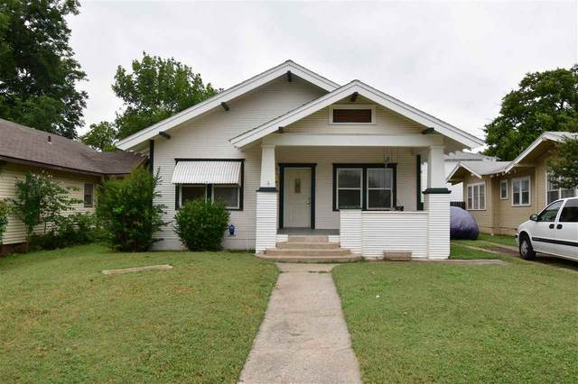 509 NW Arlington Ave, Lawton, OK 73505 (MLS #156100) :: Pam & Barry's Team - RE/MAX Professionals