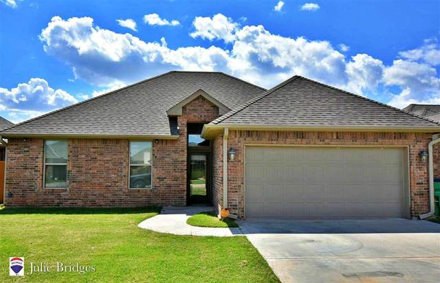 222 NW Granite Ave, Cache, OK 73527 (MLS #156295) :: Pam & Barry's Team - RE/MAX Professionals