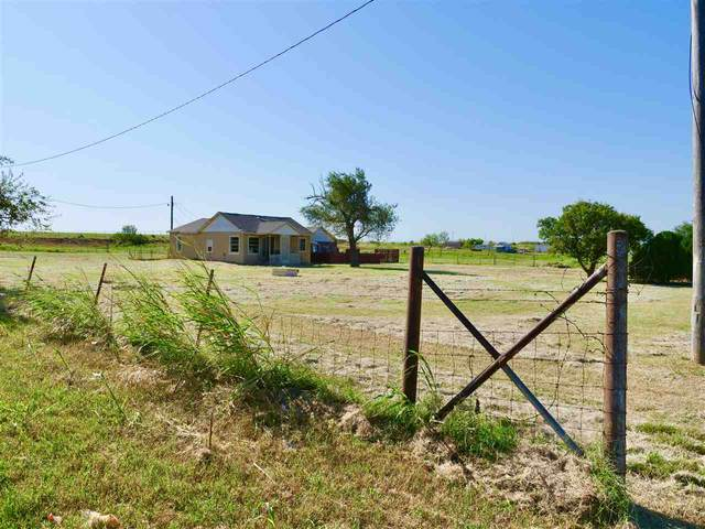 2302 SW Sheridan Rd, Lawton, OK 73505 (MLS #156394) :: Pam & Barry's Team - RE/MAX Professionals