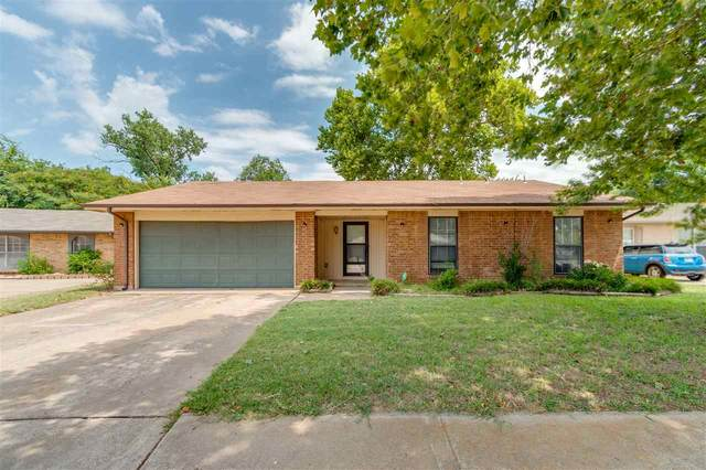 4624 NE Bell Ave, Lawton, OK 73501 (MLS #156422) :: Pam & Barry's Team - RE/MAX Professionals