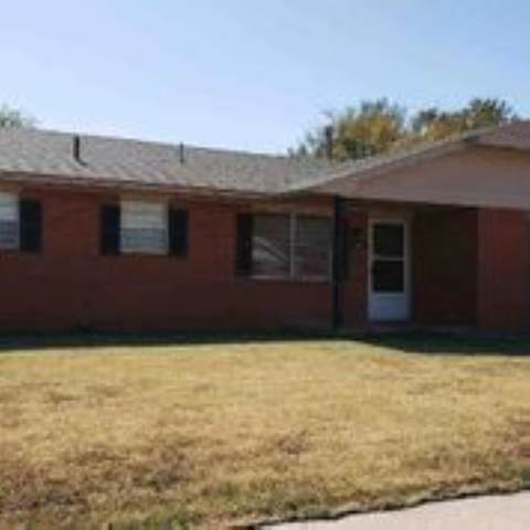 6914 SW Cherokee Ave, Lawton, OK 73505 (MLS #156458) :: Pam & Barry's Team - RE/MAX Professionals