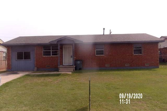 1012 SW 42nd St, Lawton, OK 73505 (MLS #156878) :: Pam & Barry's Team - RE/MAX Professionals