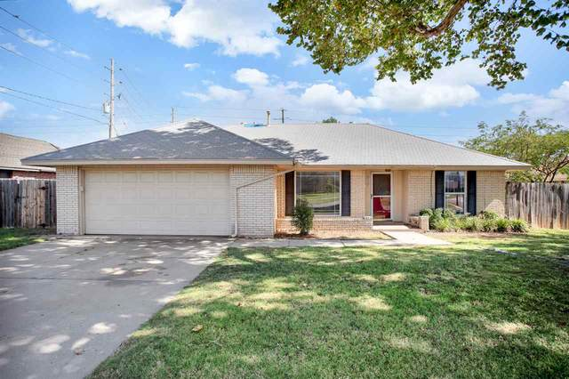 915 NW 47th St, Lawton, OK 73507 (MLS #156880) :: Pam & Barry's Team - RE/MAX Professionals