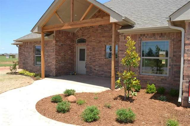 192 NE Creekside Dr, Elgin, OK 73538 (MLS #156907) :: Pam & Barry's Team - RE/MAX Professionals