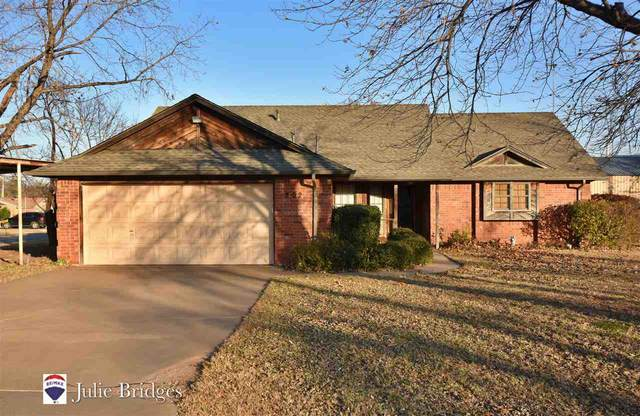 202 S 4th Ave, Sterling, OK 73567 (MLS #157101) :: Pam & Barry's Team - RE/MAX Professionals