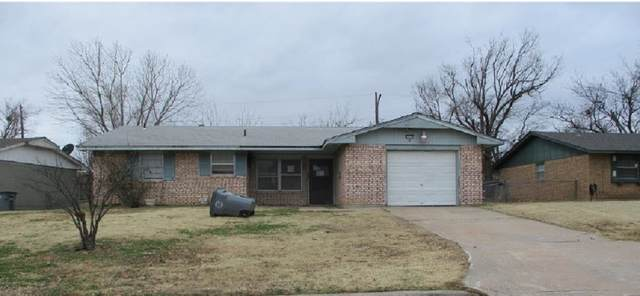 2250 NW 40th St, Lawton, OK 73505 (MLS #157358) :: Pam & Barry's Team - RE/MAX Professionals