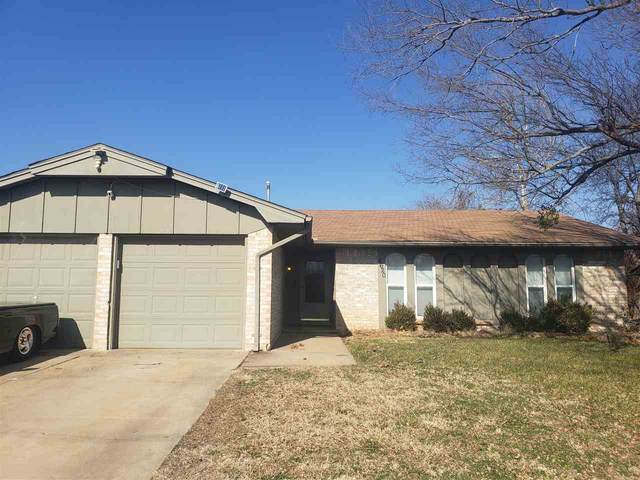 4620 NE Columbia Ave, Lawton, OK 73507 (MLS #157439) :: Pam & Barry's Team - RE/MAX Professionals