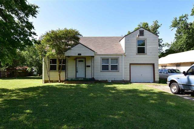 406 NW Dearborn Ave, Lawton, OK 73507 (MLS #157466) :: Pam & Barry's Team - RE/MAX Professionals