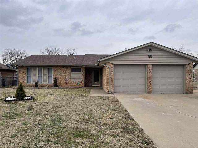2713 NE Bell Ave, Lawton, OK 73507 (MLS #157671) :: Pam & Barry's Team - RE/MAX Professionals
