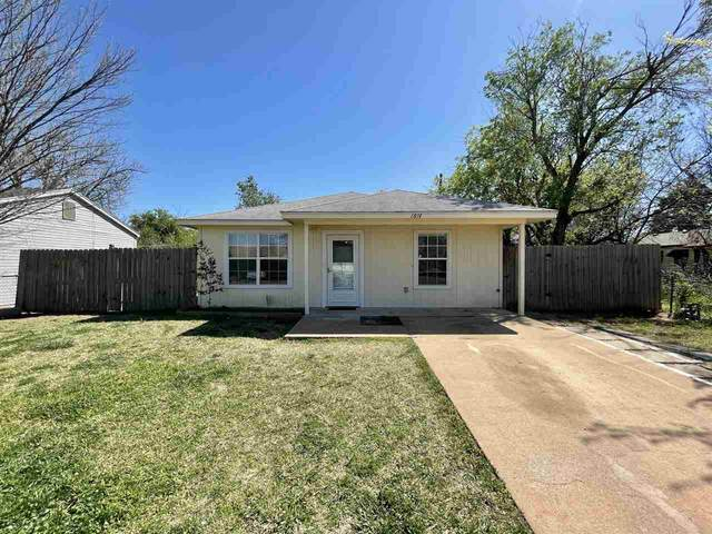 1814 NW Ozmun Ave, Lawton, OK 73507 (MLS #157960) :: Pam & Barry's Team - RE/MAX Professionals
