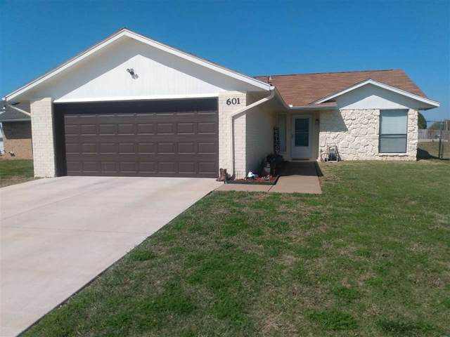 601 SW 63rd St, Lawton, OK 73505 (MLS #157983) :: Pam & Barry's Team - RE/MAX Professionals