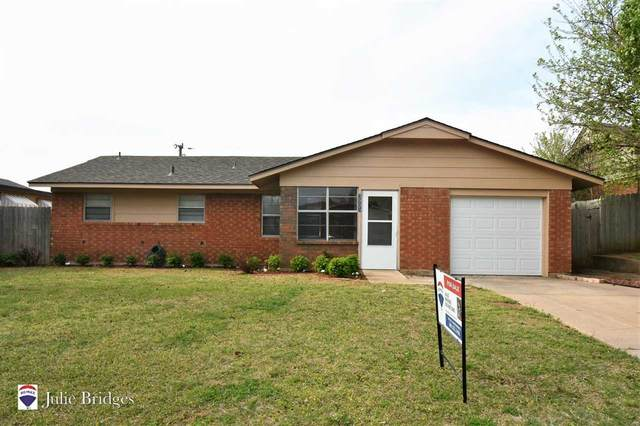 3905 SE Camden Way, Lawton, OK 73501 (MLS #157986) :: Pam & Barry's Team - RE/MAX Professionals
