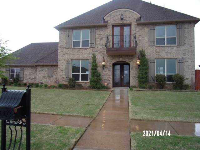 6803 SW Woodstock Ave, Lawton, OK 73505 (MLS #158115) :: Pam & Barry's Team - RE/MAX Professionals