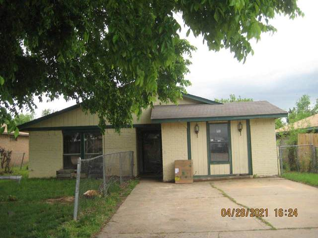 1721 SW 14th St, Lawton, OK 73501 (MLS #158188) :: Pam & Barry's Team - RE/MAX Professionals