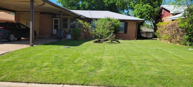 3805 NW Bell Ave, Lawton, OK 73505 (MLS #158657) :: Pam & Barry's Team - RE/MAX Professionals