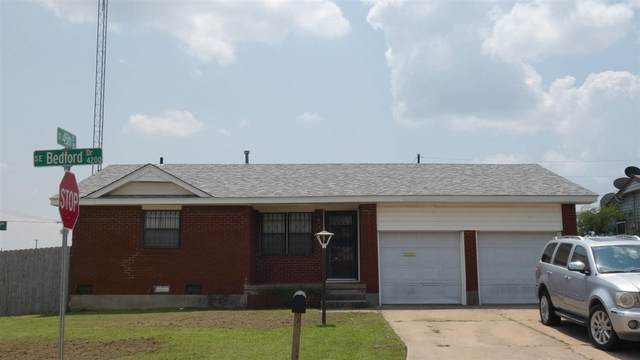 4229 SE Bedford Dr, Lawton, OK 73501 (MLS #158948) :: Pam & Barry's Team - RE/MAX Professionals