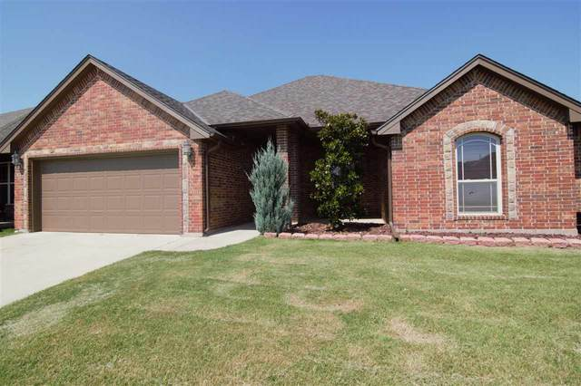 903 SW 78th St, Lawton, OK 73505 (MLS #158954) :: Pam & Barry's Team - RE/MAX Professionals