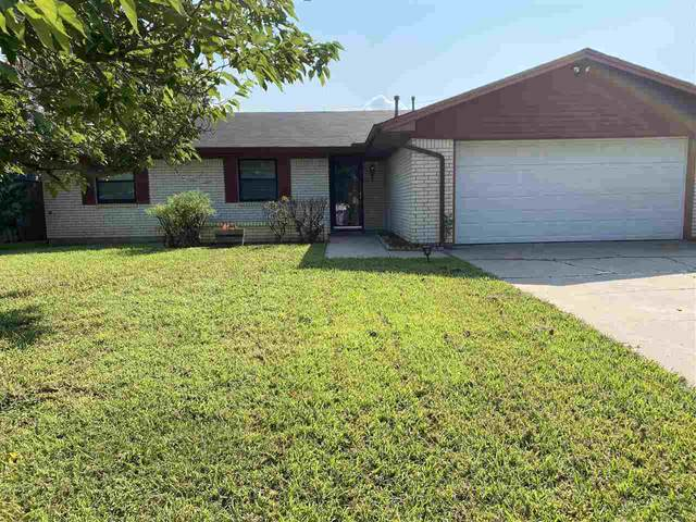 1705 SE Indiana Ave, Lawton, OK 73501 (MLS #158963) :: Pam & Barry's Team - RE/MAX Professionals
