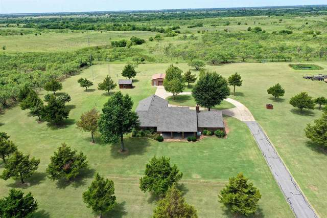 329 NW Paint Rd, Cache, OK 73527 (MLS #158989) :: Pam & Barry's Team - RE/MAX Professionals