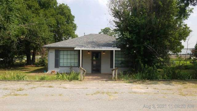 603 Gregory Ave, Apache, OK 73006 (MLS #159061) :: Pam & Barry's Team - RE/MAX Professionals