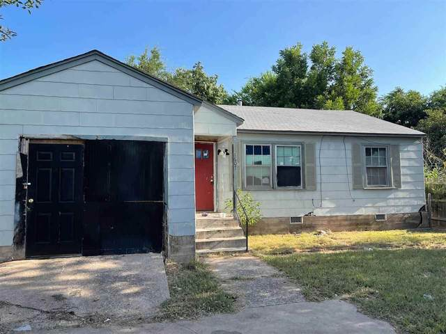 1607 SW F Ave, Lawton, OK 73501 (MLS #159110) :: Pam & Barry's Team - RE/MAX Professionals
