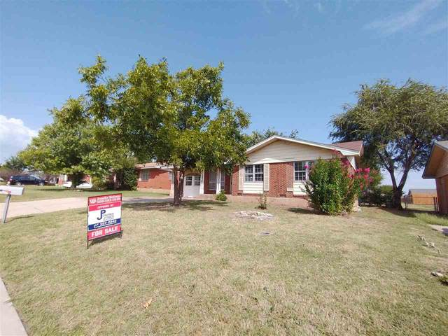 4611 NW Santa Fe Ave, Lawton, OK 73505 (MLS #159335) :: Pam & Barry's Team - RE/MAX Professionals