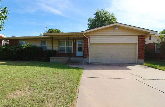 3904 NW Denver Ave, Lawton, OK 73505 (MLS #159463) :: Pam & Barry's Team - RE/MAX Professionals