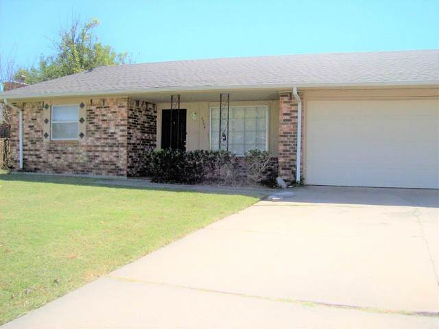 6204 NW Cheyenne Ave, Lawton, OK 73505 (MLS #159482) :: Pam & Barry's Team - RE/MAX Professionals