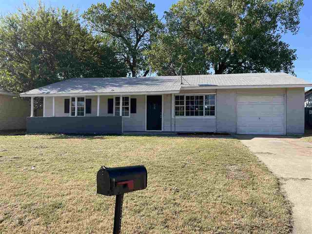 2804 NW Ozmun Ave, Lawton, OK 73505 (MLS #159612) :: Pam & Barry's Team - RE/MAX Professionals