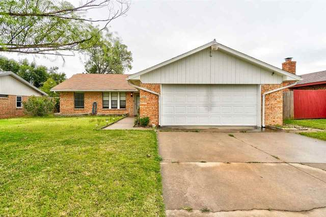 7610 NW Kingsbury Ave, Lawton, OK 73505 (MLS #159640) :: Pam & Barry's Team - RE/MAX Professionals