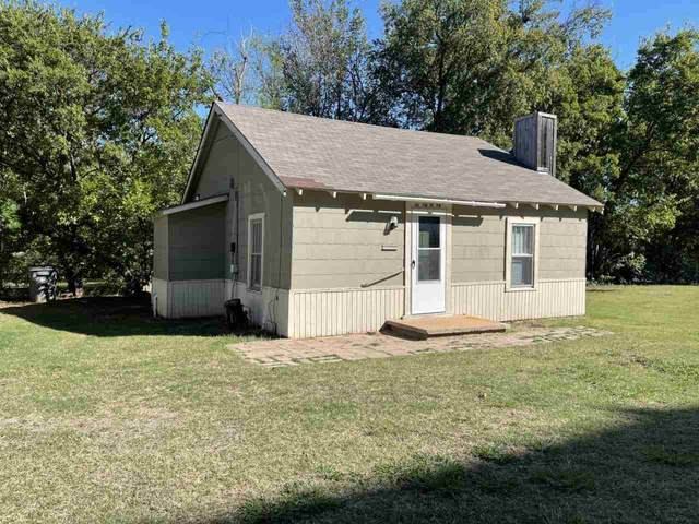 10 SW 17th St, Lawton, OK 73501 (MLS #159668) :: Pam & Barry's Team - RE/MAX Professionals