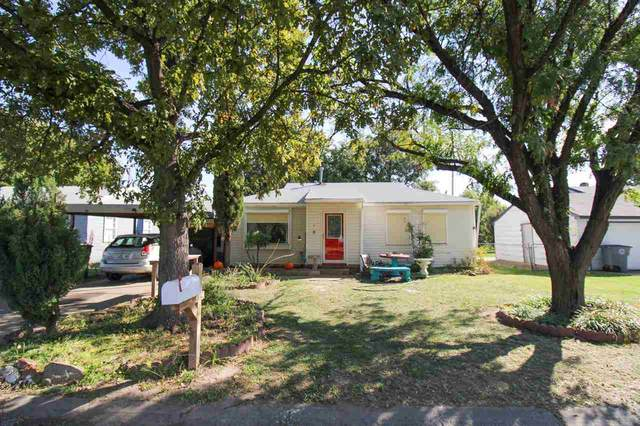 206 SW 24th St, Lawton, OK 73505 (MLS #159761) :: Pam & Barry's Team - RE/MAX Professionals
