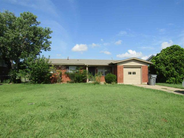 1622 NW 50th St, Lawton, OK 73505 (MLS #148117) :: Pam & Barry's Team - RE/MAX Professionals