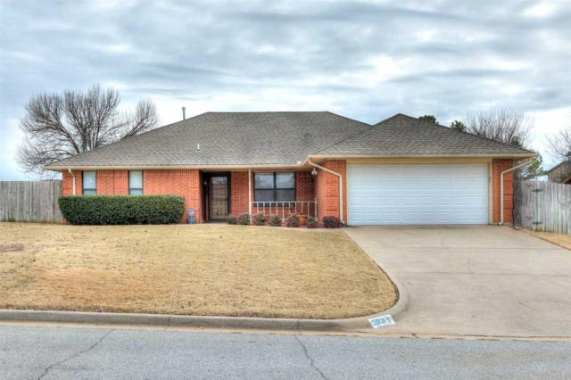 3031 NE Lancaster Ln, Lawton, OK 73507 (MLS #149540) :: Pam & Barry's Team - RE/MAX Professionals